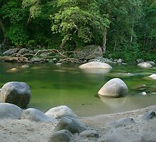 Mossman Gorge  by Ben Messina
