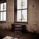 Ellis Island New York: Liberty Awaits by Josephine Pugh