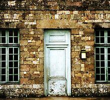Ye Olde Inn by Alison Cornford-Matheson