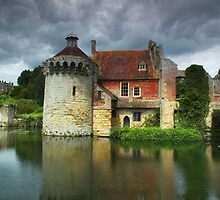 Scotney Castle by Alan E Taylor