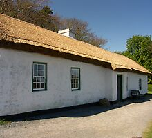 Irish Cottage (1) by SNAPPYDAVE