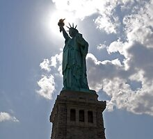 Statue of Liberty by macmichael