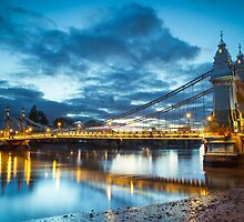 Hammersmith Bridge London by Vincent Sluiter