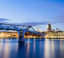 Millennium Bridge and St. Pauls Cathedral by Vincent Sluiter