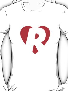 I love R - Heart R - Heart with letter R T-Shirt