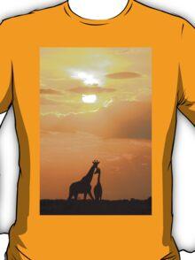 Giraffe Silhouette - Golden Beauty T-Shirt