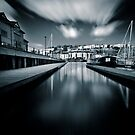 Bristol marina by greenbunion