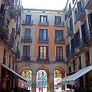 Plaça Reial by Tom Gomez