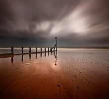 Teignmouth Beach by greenbunion