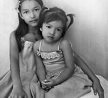 My nieces, Helena & Cintia by Kaimaha