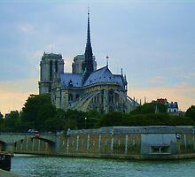 Notre Dame de Paris by HELUA