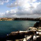 Valletta Harbour by HelenBanham