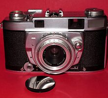 Vintage 1950's 35mm Film Camera by wayneyoungphoto