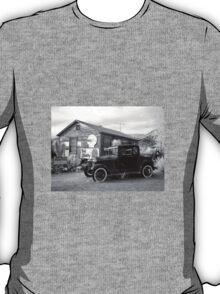 Retro garage T-Shirt