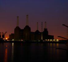 Battersea power station by Johan Lindstrom