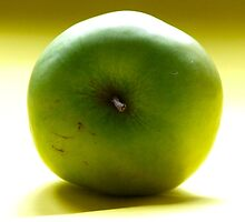 Green Apple by TriciaDanby