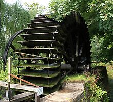 Old Waterwheel by aidan  moran