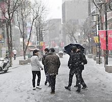 Snowing in Insadong, Seoul by Christian Eccleston