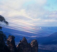 Foehn through the Blue Mountains by haymelter