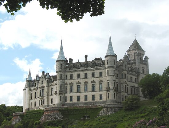 Dunrobin Castle Scotland by jacqi