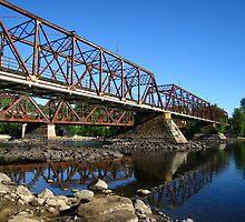 Main Street Bridge by Lesley Morgan