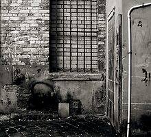 Launceston Alleyway by Cameron Gray