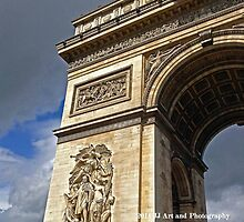 France - Arc D'Triomphe by jezebel521