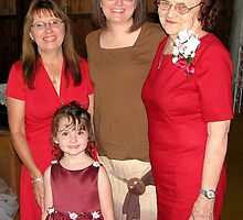 Four Generations of Women by Sheila  Pasket