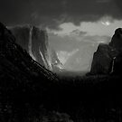 Yosemite Nights by Varinia   - Globalphotos