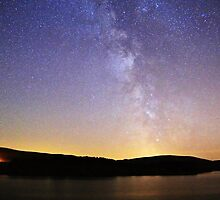 Milky Way above Roseberry Reservoir by millercrawford