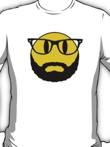 Smiley with beard and glasses. Hipster. Nerd. T-Shirt