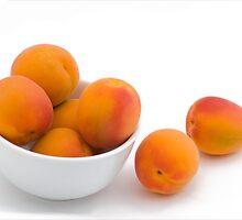 Fresh Apricots by bluerabbit