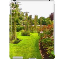 Impressions of London – Queen Mary's Garden at Regent's Royal Park iPad Case/Skin