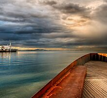 Corio Bay, Geelong by Heather Prince ( Hartkamp )