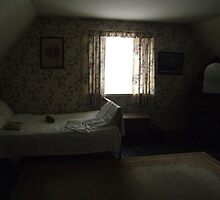 Dark cottage bedroom by John Quinn