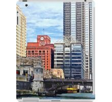 Chicago IL - Water Taxi Passing Under Lyric Opera Bridge iPad Case/Skin