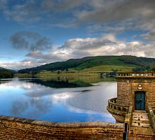 Ladybower Dam by Richard Gregory