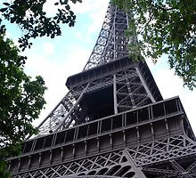 Eiffel Tower by CBenson