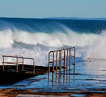Waves Breaking Over Newcastle Baths by Bev Woodman