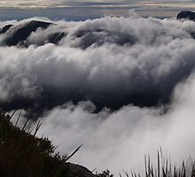 Bluff Knoll Clouds by Stephen  Williams