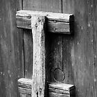 Timber door handle by David Charlton