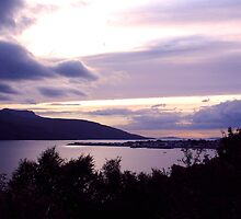 Ullapool As The Sun Sets by jacqi