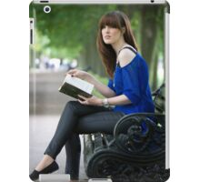 A day out in Greenwich - the park bench iPad Case/Skin