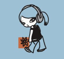 Girl M Orange T-shirt Kids Clothes