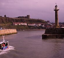 Heading Home to Whitby Harbour by mayhurden