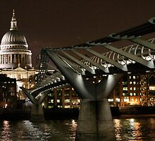 St Paul's Cathedral at night - 2 by Alastair Humphreys
