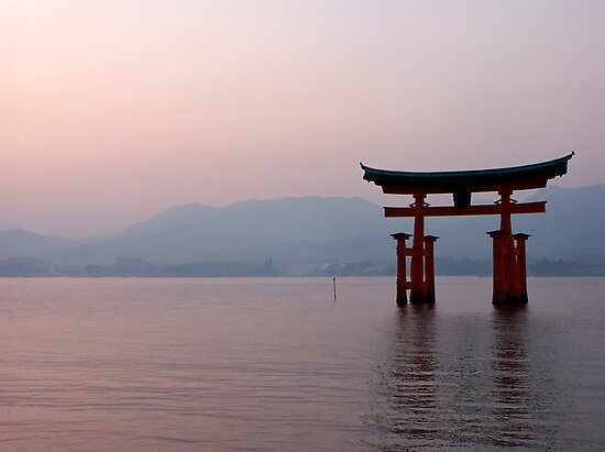 Sunrise at Miyajima by Peter Zentjens