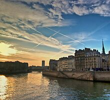 Sunrise and vapour trails over the Seine by seabird