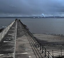 Hartlepool Jetty 1 by dougie1
