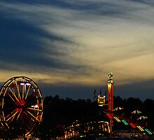 Night at the Carnival by trwphotography